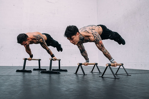 Figure Street Workout - Full Planche